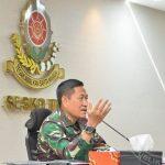 Sekjen Kemhan Berikan Materi Two Sided Wargaming Siswa Sesko TNI