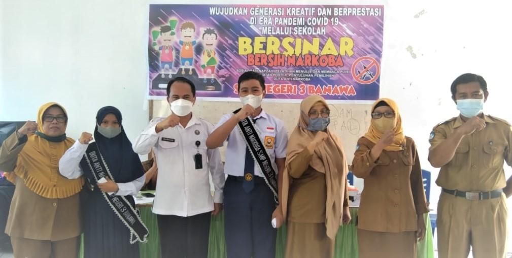 Badan Narkotika Nasional (BNN) Kabupaten Donggala memilih siswa Sekolah Menegah Pertama Negeri (SMPN) 3 (Tiga) Banawa sebagai Duta Anti Narkoba tahun 2021.